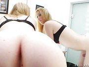 blonde shemale beauty Juliana Prado clip2