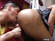 Shemale tranny sucks dudes cocks