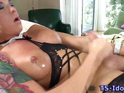 Shemale tranny babe jerk and cumshot