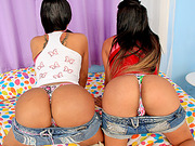Identical tbabes Beatrice Velmont and Bruna Butterfly fucked