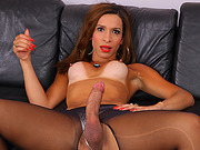Tranny babe Gabrielli Bianco wants it big