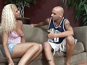 feminine blondie shemale gets a dreamy bj