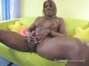 black shemale is so sexy and so horny!