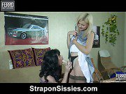 Ninette&Silvester strapon sissysex action