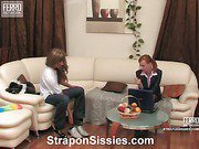 Emilia&Gilbert strapon sissysex action