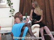 Diana&Adrian strapon sissysex action