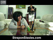 Alana&Monty strapon sissysex movie