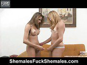 Patricia&Yasmin shemale fucks shemale action