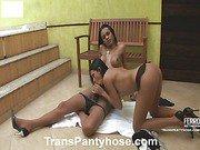 Lorena&Bruna shemale pantyhose action