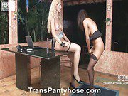 Jessica&Claudio shemale pantyhose video
