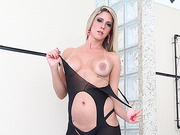 Tbabe Nicole unleash her prick and dominates her handsome lover