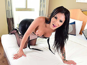 Hot shemale Deborah Mastronelly loves to fuck with her bf