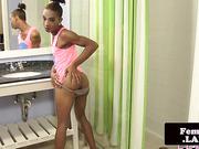 fetish slender nubian trap Kimora Jizelle solo jerking
