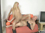 golden haired tranny takes a sweet dick ride 3