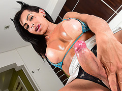Tgirl Isabelly appreciates solo pleasure with her amazing toy