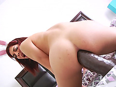 Nasty hot shemale Kendra Sinclaire used massive sextoys