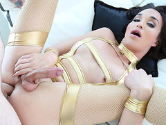 Slim TS babe Jonelle Brooks in fantastic anal scene with hard orgasm