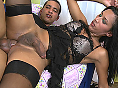 Sexy shemale in lingerie gets her juisy asshole banged