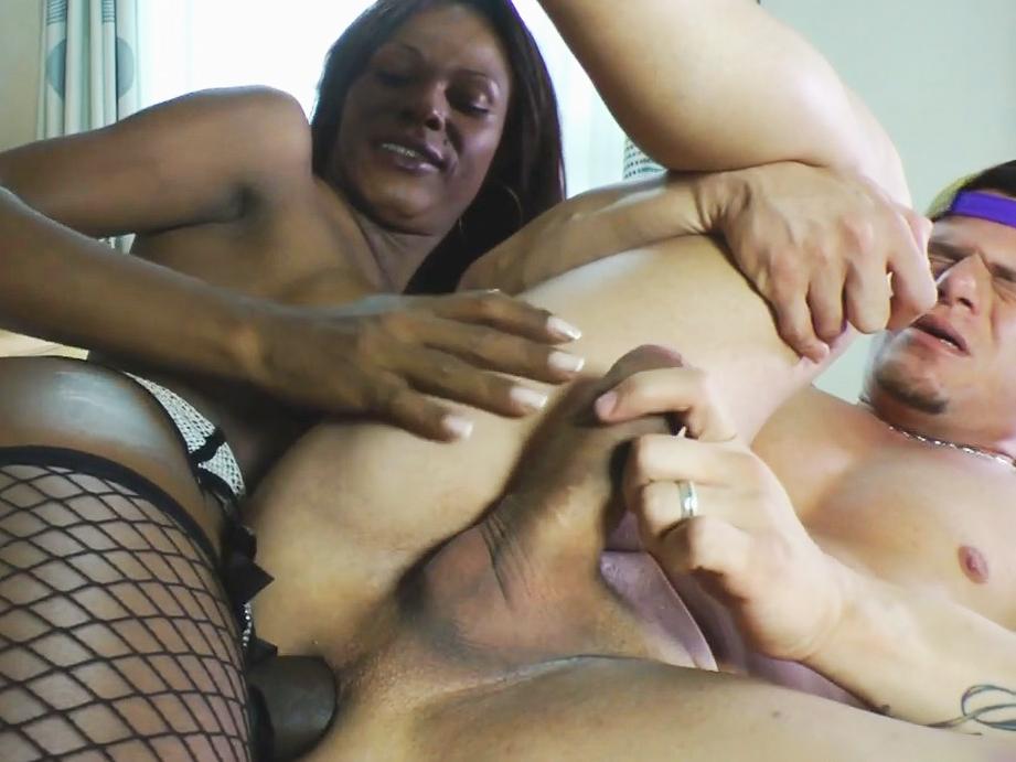 Ebony shemale porn vids