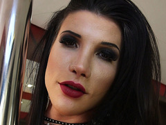 TS Victoria Carvalho - The Pole Dancer