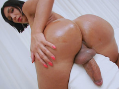 Hung Trans Babe Sabrina Suzuki Doing It Solo