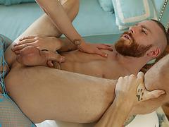 Hot TS Mandy Mitchell fucks Sebastian Keys round ass in missionary