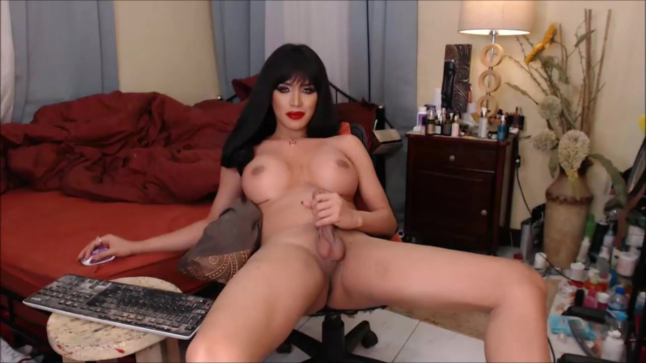 Big Transsexual tit with