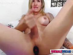 Big Tit Colombian Blonde Tranny Wanks - ShemaleDreamCams.Com