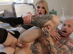 FTM Buck enjoys sucking Tgirl Mandy shecock
