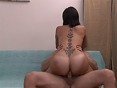 Latina busty shemale got anal fucked after a oil massage