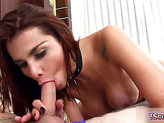 Hot shemale flip flop and cumshot