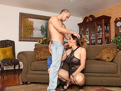 TS Latina Sofia gets her juicy ass fucked by Elis big dick