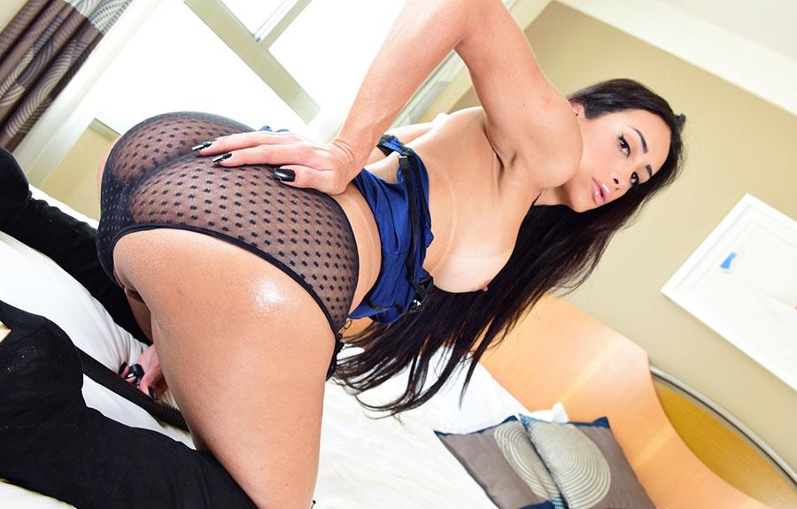 tgirl enjoy banging male ass hole