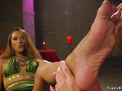 Dude worships trannys slender toes