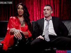 Shemale Honey Foxxx Private Dancer Feet Worship - See Full Video at ShemaleDream.Tube
