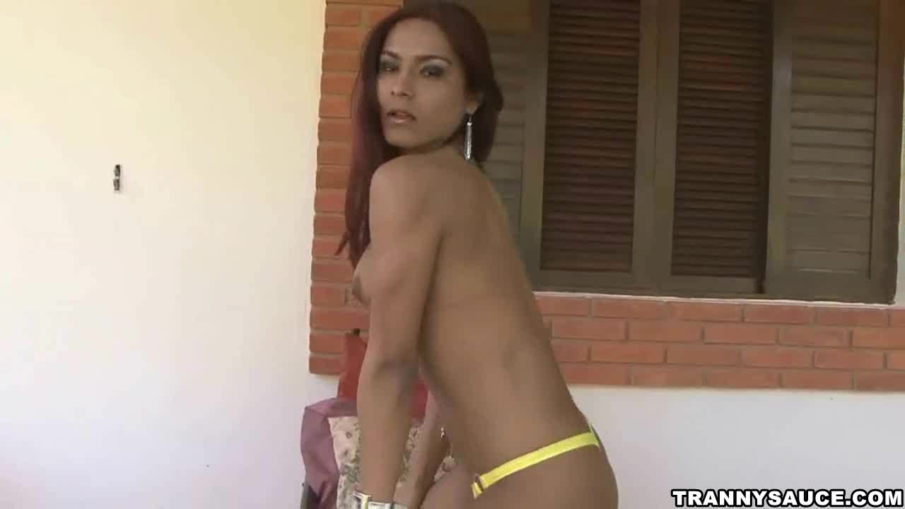 Apologise, but Sexy latina outdoors