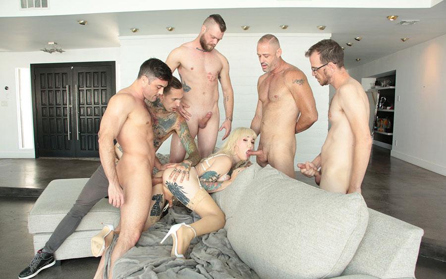 Amature Erotic Crossdressing