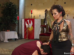 Tranny dom spanks and anal fucks guy