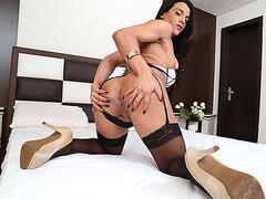 Transbabe Melyna Merlin gets bang by huge cock in her ass