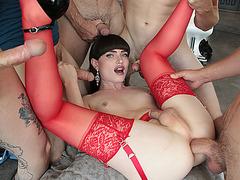 TS Natalie enjoys double penetration Gangbang with her guys