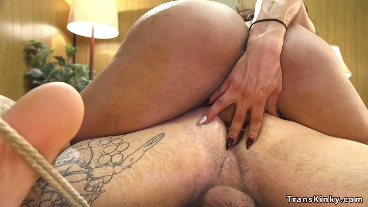 Big Ass Shemale Fucks Guy
