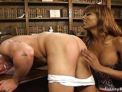 Black tranny anal bangs muscled doctor