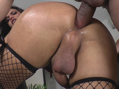 Latin Trans Girl Danielly Colucci Gets Buttfucked