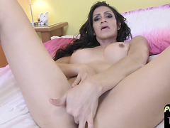 Horny solitary shemale fingerfucking her new pussy
