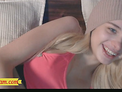 Blonde Teen Gorgeous Tgirl on Webcam