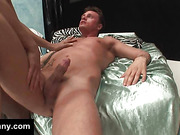 Hung tranny fucks ass