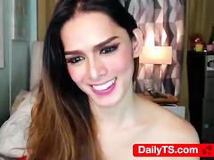 Petite babe tgirl dick play - dailyts.com webcam