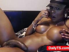 Monstercock Black tranny - dailyts.com webcam