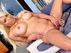 Shy tranny Annalise first porn tryout
