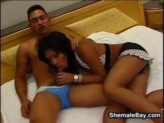 Shemalehavingsex